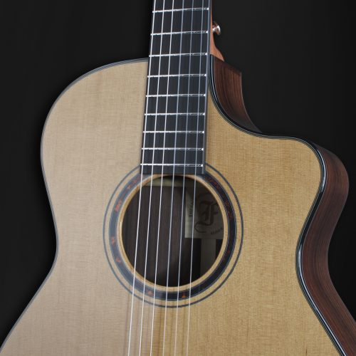 Grand Nylon Guitars